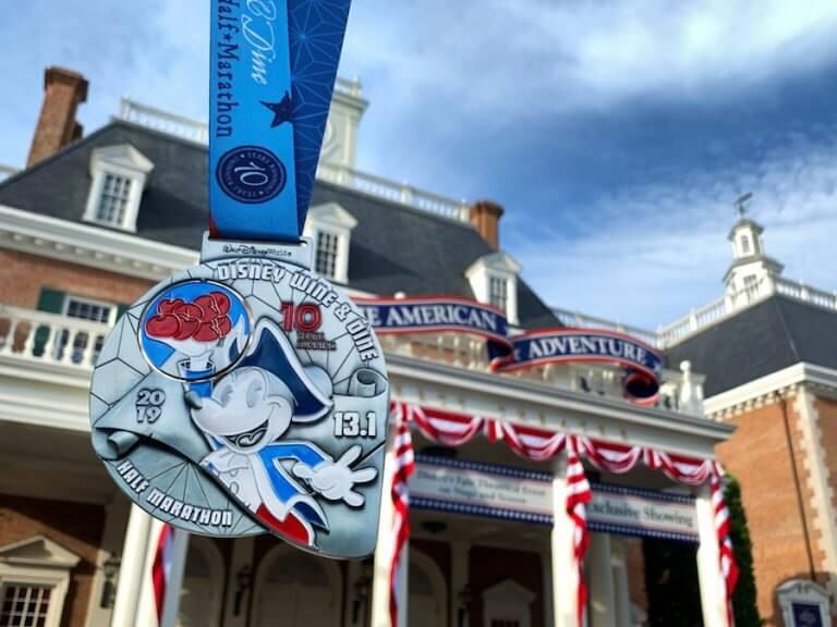 2019Wine&Dine half-marathon medal