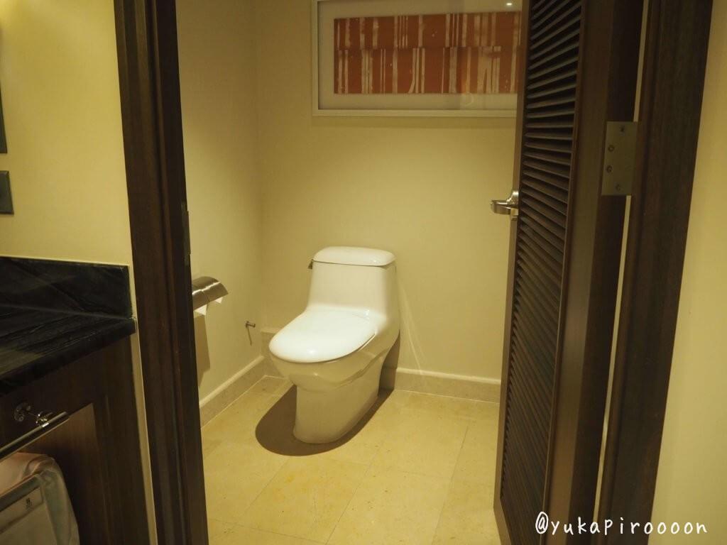 ホリデイ・インマカオのトイレ2